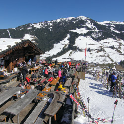 boeglalm-winter-terrasse-5